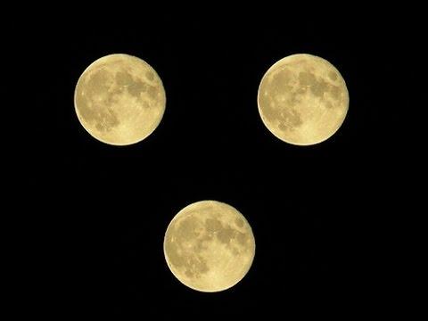 تفسير حلم رؤية قمرين في السماء لابن سيرين